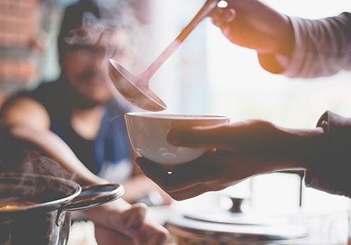Ces Soupes Kéto Vous Garderont Au Chaud Sans Les Glucides